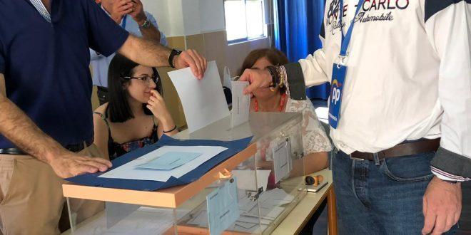 Chiqui Camacho alcanza la mayoría absoluta por 4 votos que se consideraban nulos